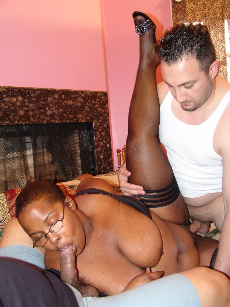 Ebony Bbw White Guy Creampie