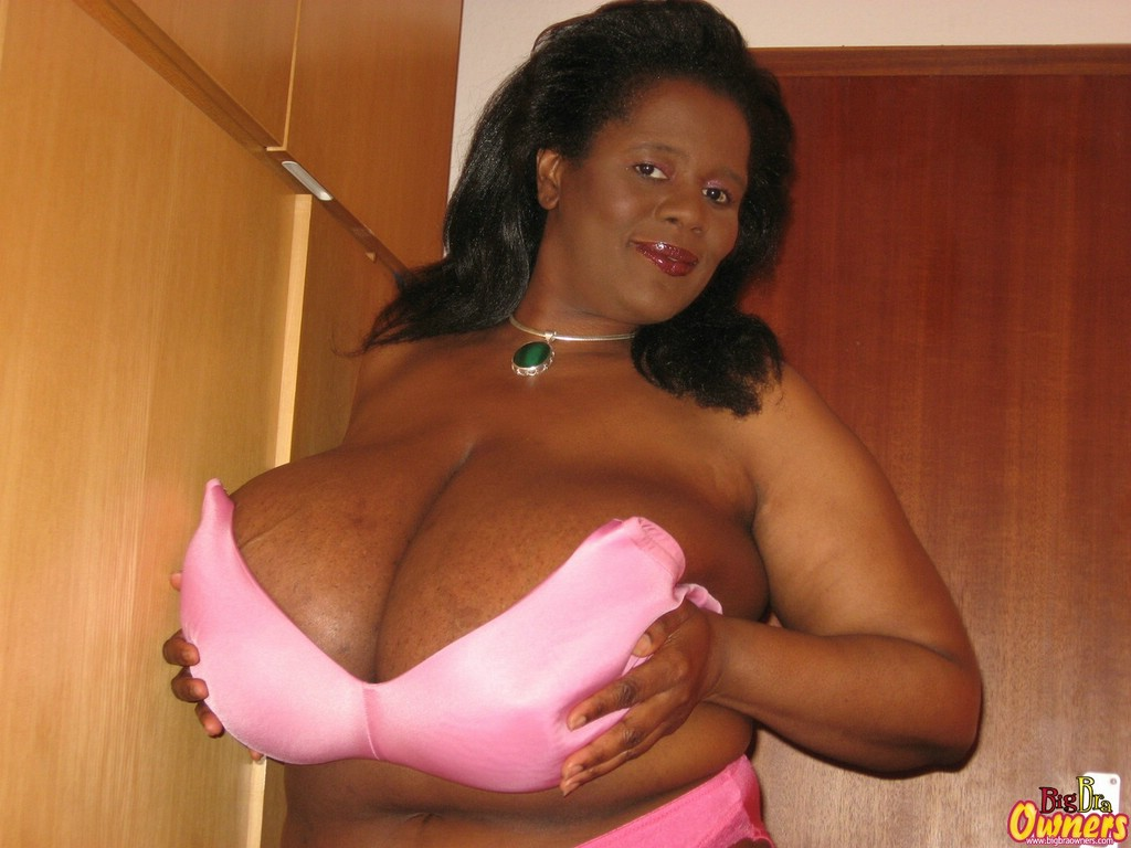 Mama busty ebony message, simply charm